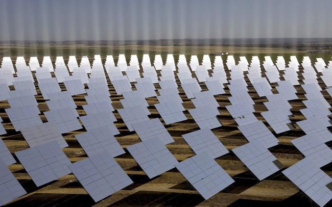 Điện mặt trời và điện gió đã rẻ đến mức không cần trợ cấp từ các Chính phủ!