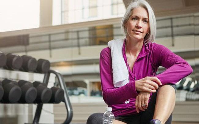Những bài tập ngăn ngừa lão hóa, tăng cường sức khỏe tổng thể do HLV thể hình gợi ý