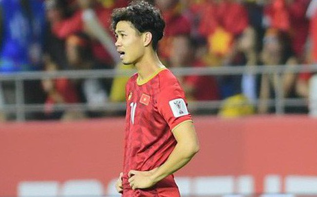 Công Phượng nghẹn ngào tự trách sau trận thua Nhật Bản