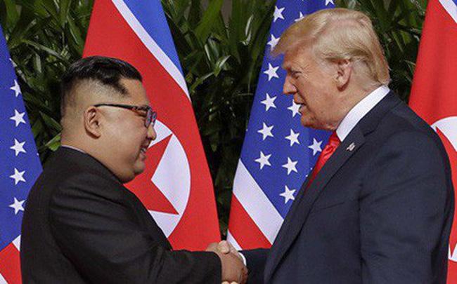 """[NÓNG] TT Trump xác nhận gặp ông Kim Jong-un tại Hà Nội, nói Triều Tiên là """"tên lửa kinh tế"""""""