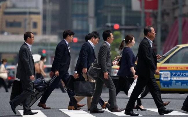 Giới chuyên gia lo kinh tế Nhật suy thoái khi thuế tiêu dùng chuẩn bị tăng mạnh