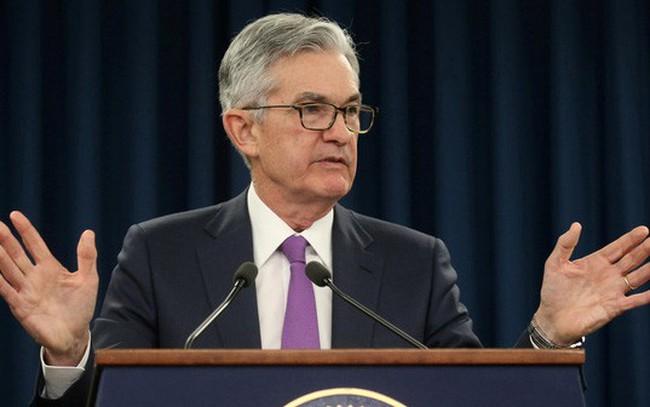 """Chủ tịch FED tuyên bố """"không vội chút nào"""" về nâng lãi suất"""