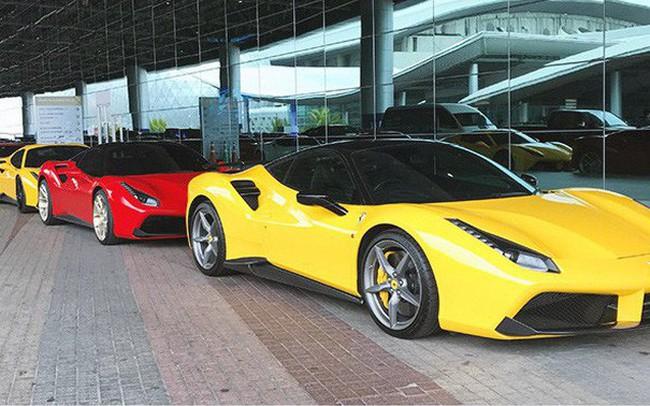 Dàn siêu xe triệu USD 'khoe dáng' trước ngày triển lãm lớn nhất Đông Nam Á khai mạc