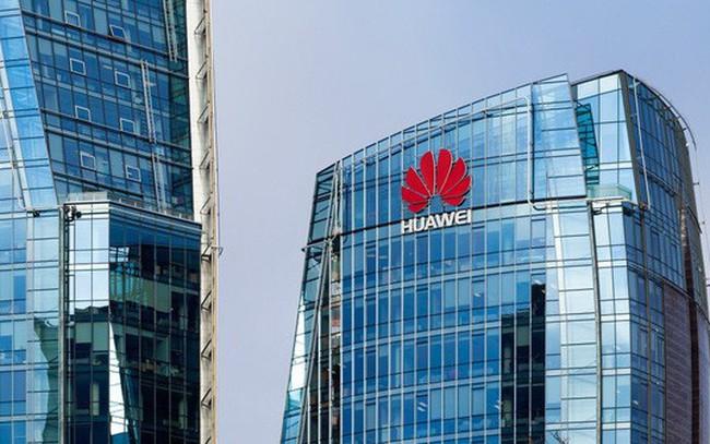Huawei lần đầu vượt mốc doanh số 100 tỷ USD