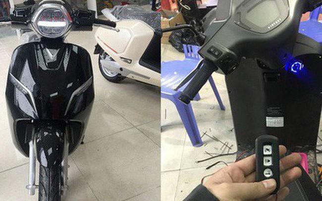 VinFast Klara đầu tiên Hà Nội độ khóa thông minh của Honda