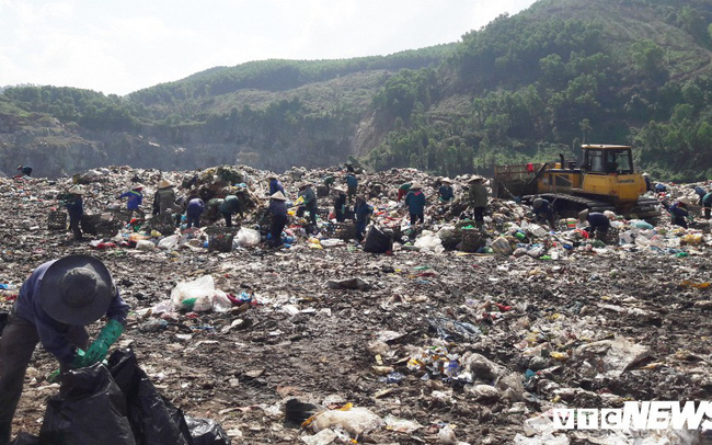 Lo Đà Nẵng trở thành 'thành phố chết' vì rác, chủ tịch Huỳnh Đức Thơ chỉ đạo khẩn