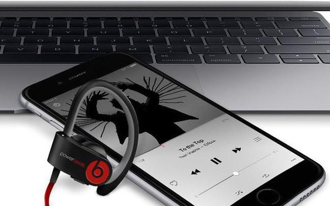 """Bài học 5 năm Apple mua Beats: Tại sao người ta cứ cố """"dạy khôn"""" Tim Cook..."""