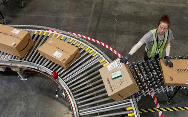 Ở Amazon, robot có thể đuổi việc con người nếu thấy hợp lý