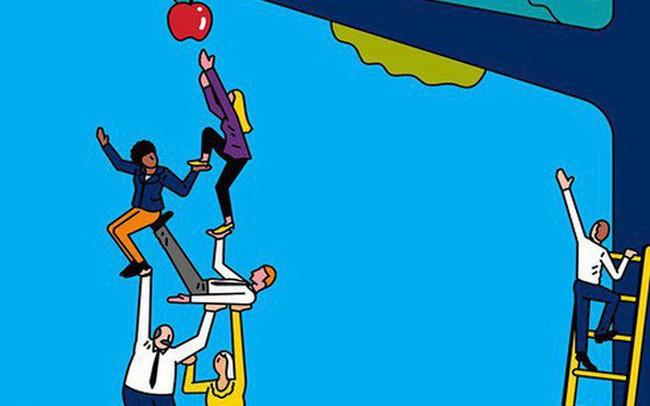 Đừng trách bạn bè thành công rồi không thèm ngoái đầu nhìn lại bạn: Nghèo tiền, nghèo bạc còn dễ nói, cái họ không chấp nhận được ở bạn, chính là NGHÈO TƯ DUY