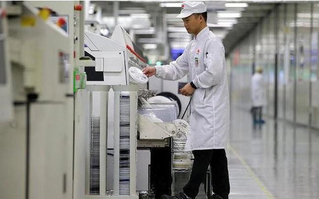 Huawei hủy đơn hàng từ các nhà cung cấp lớn