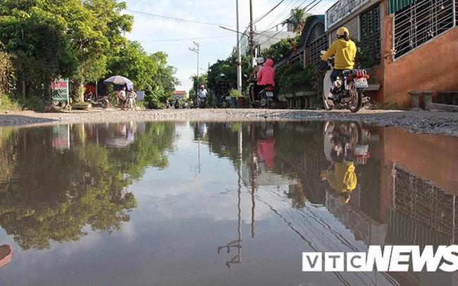 Ảnh: Cận cảnh tuyến đường biến thành đầm lầy, 'bẫy' người đi đường nhiều năm ở Hải Phòng