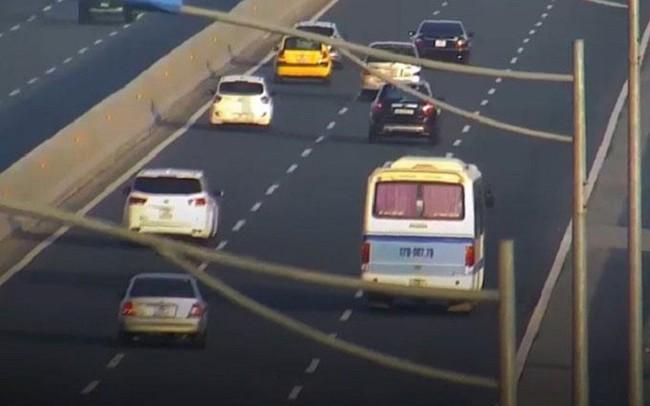 Ngang nhiên dừng đỗ trên cao tốc Hà Nội - Hải Phòng, tài xế bị phạt 5,5 triệu đồng