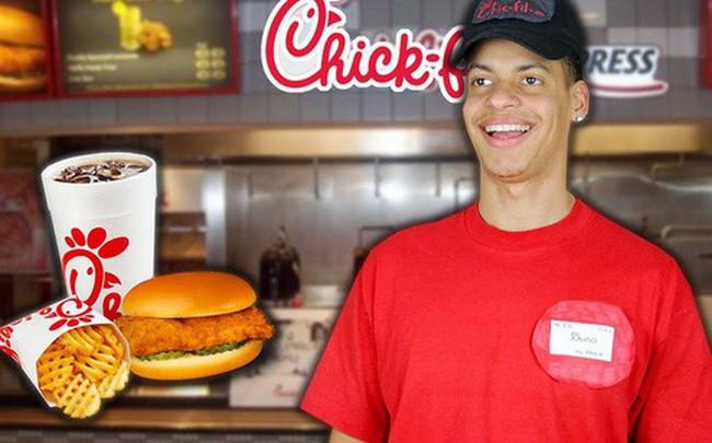 """Nghỉ bán Chủ Nhật nhưng doanh số vẫn gấp 4 lần KFC: Chick-fil-A và chiến lược """"đạp đổ"""" truyền thống nhượng quyền"""