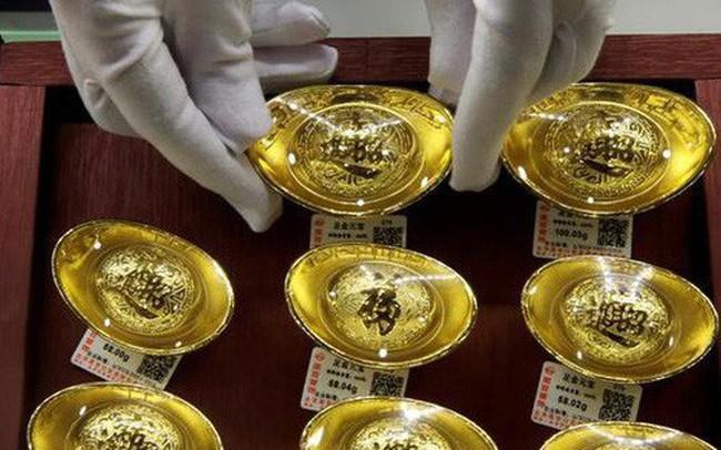 """Giữa thương chiến với Mỹ, """"Trung Quốc hạn chế nhập khẩu vàng"""""""