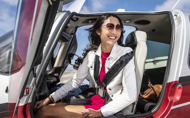 """""""Tôi thậm chí chưa 30 và đang lái máy bay của riêng mình"""" - Cách tận hưởng cuộc sống của doanh nhân công nghệ Mỹ"""