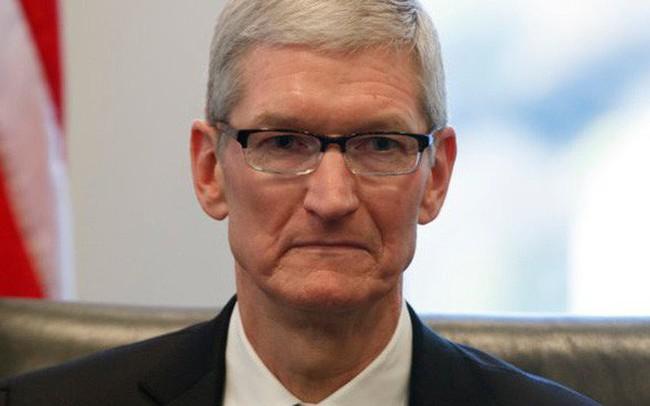 Trong 1 ngày, cổ phiếu Apple liên tục sụt giảm thê thảm, thổi bay 44 tỷ USD vì 2 tuyên bố