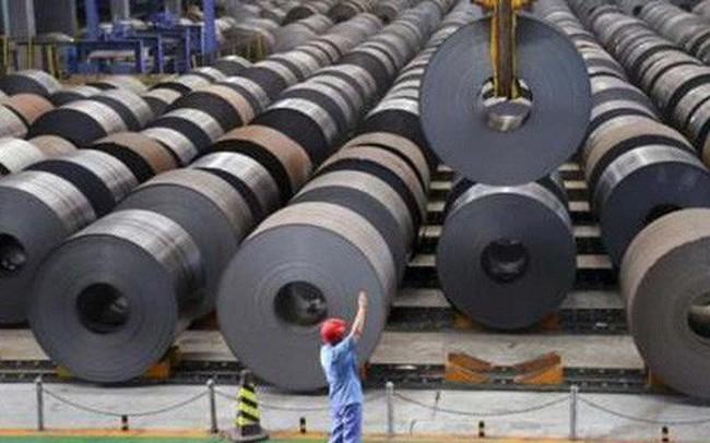 """""""Đại chiến"""" ngành thép: Tăng thuế hay không?"""