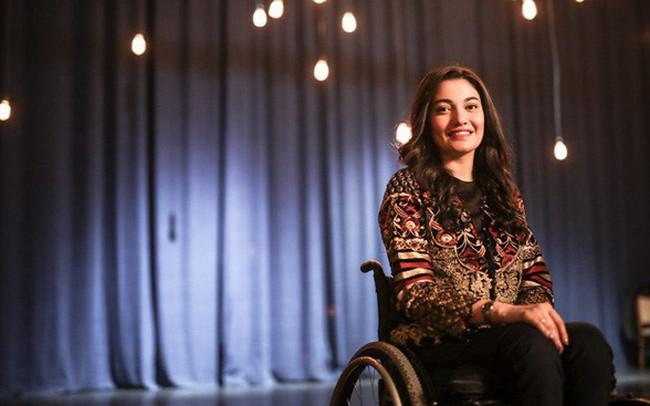 Bị ép cưới năm 18 tuổi, gặp tai nạn xe hơi đến mất khả năng sinh con, tật nguyền: Góp mặt trong Forbes 30 Under 30, cô gái Pakistan này truyền cảm hứng đến hàng triệu người