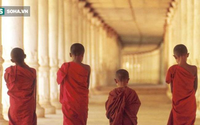 Đức Phật nói có 4 kiểu bạn xấu cần cẩn trọng: Kiểu thứ 4 sẽ làm ta mất tất cả
