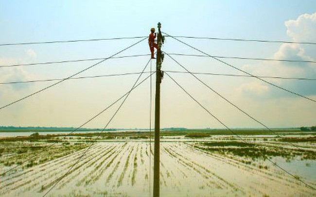 Đề xuất luật hoá chu kỳ điều chỉnh giá điện 6 tháng/lần, giảm số bậc thang