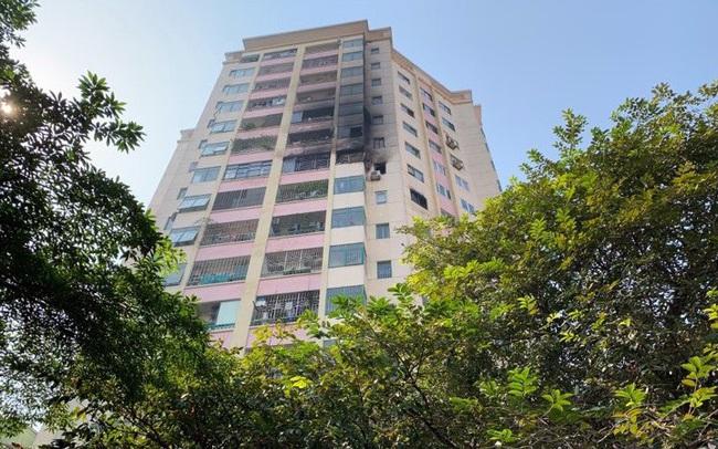 Cháy lớn tại căn hộ chung cư cao tầng ở Hà Nội