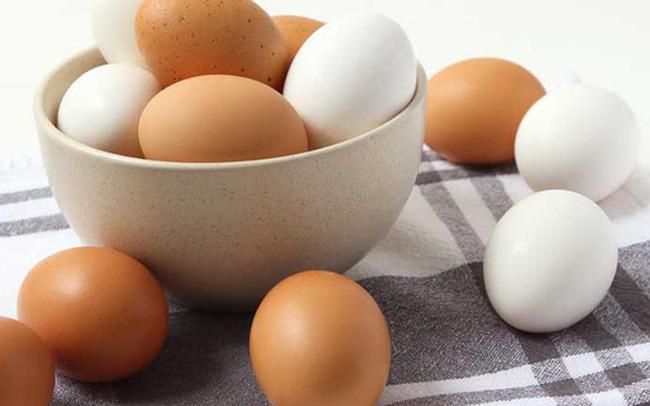 Một người tử vong do ăn nhiều quả trứng một lúc, lời khuyên của bác sĩ khi sử dụng loại thực phẩm bổ dưỡng này