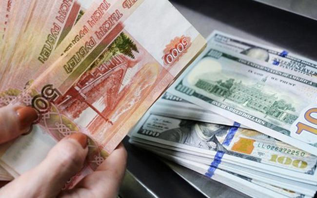 Nga cân nhắc giảm tỷ lệ đồng USD trong quỹ thịnh vượng quốc gia