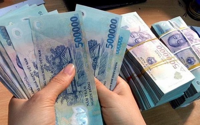 Cận tết khát tiền, tín dụng đen chờ cửa, lãi 'cắt cổ' 10.000 đồng/triệu/ngày