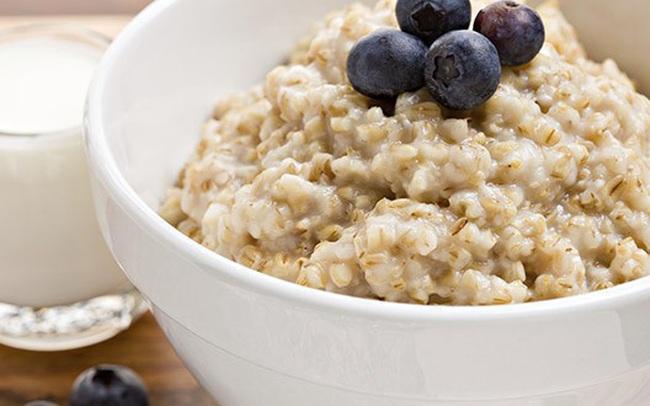 """Chỉ cần ăn 5 loại thực phẩm này đều đặn mỗi sáng, ung thư ruột kết nguy hiểm cũng """"lánh xa"""" bạn"""