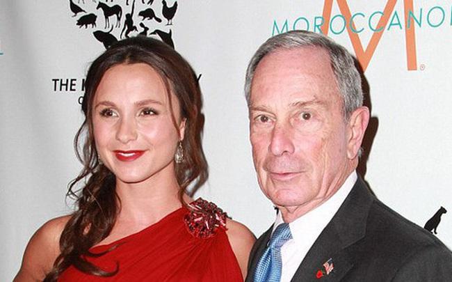 Hai người con gái tài sắc vẹn toàn của tỷ phú giàu thứ 9 nước Mỹ, đối thủ đáng gờm của ông Trump trong cuộc chạy đua vào Nhà Trắng