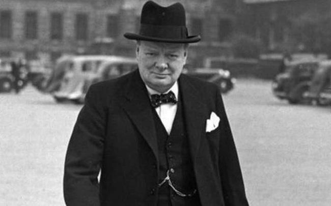 29 câu nói kinh điển đáng suy ngẫm của thủ tướng Anh Winston Churchill: Bạn không đối mặt với hiện thực, hiện thực sẽ đối mặt với bạn