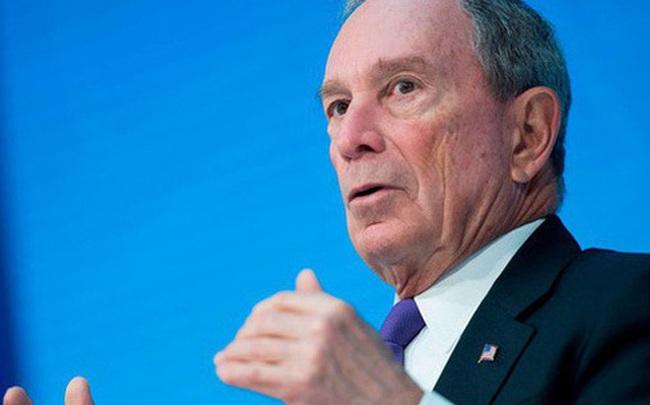 """Tỷ phú Michael Bloomberg giàu gấp 17 lần Donald Trump tiết lộ bí quyết thành công: Hãy biết bỏ việc nói từ """"Tôi"""" và thay bằng từ """"Chúng tôi"""""""