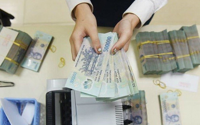 Lãi suất VND liên ngân hàng liên tiếp giảm sâu