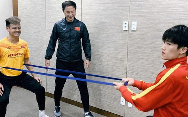 Tin vui từ Hàn Quốc: Quang Hải đã hồi phục chấn thương, tập luyện bình thường cùng U23 Việt Nam