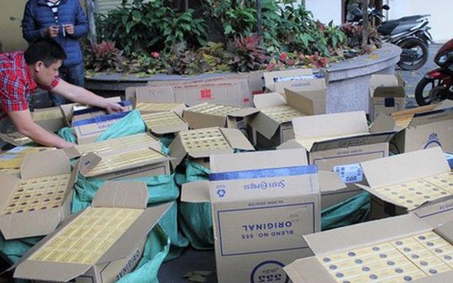 Đột kích kho thuốc lá nhập lậu, thu 12.000 bao thuốc lá 555