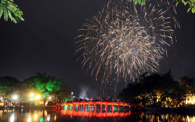 Dự báo thời tiết đêm 30 Tết: Hà Nội đón Giao thừa trong mưa, toàn miền Bắc trở rét, người dân đi xem pháo hoa cần lưu ý