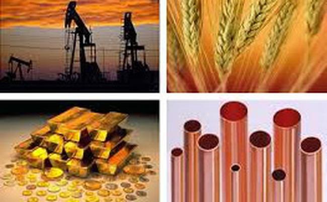 Thị trường ngày 30/01: Dầu diễn biến trái chiều, vàng quay đầu tăng