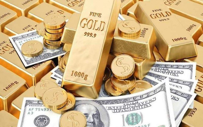Giá vàng, USD đồng loạt tăng mạnh