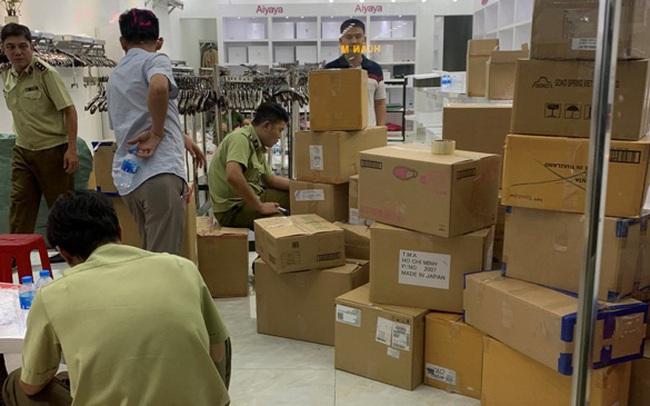 Thu giữ gần 7000 sản phẩm quần áo, túi xách không rõ nguồn gốc tại Đồng Nai