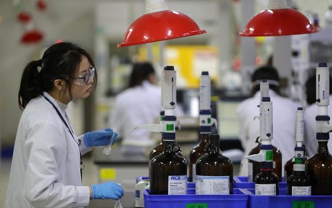 Mối đe dọa thầm lặng của coronavirus: Sự phụ thuộc của Mỹ vào dược phẩm và thiết bị y tế Trung Quốc