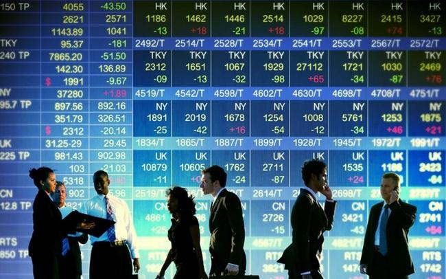 Sắc đỏ bao trùm chứng khoán châu Á, chứng khoán Italy mất 4%, chỉ số tương lai cho thấy Dow Jones có thể giảm 400 điểm