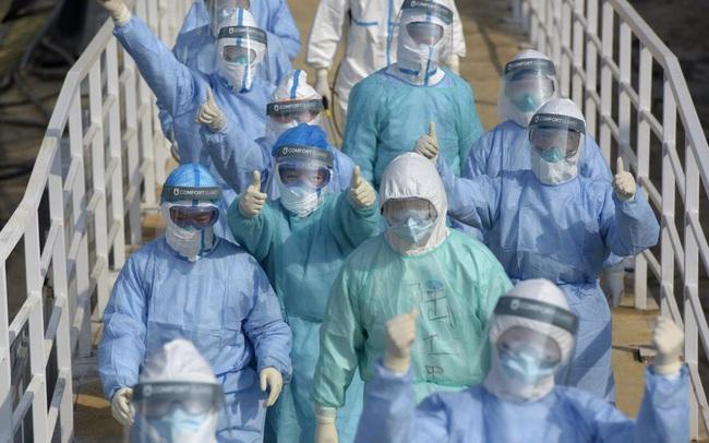 Cập nhật virus corona Vũ Hán: Số người chết tăng lên 565, Singapore báo cáo 1 bé trai 6 tháng tuổi nhiễm bệnh, thuốc kháng virus được chấp thuận thử nghiệm lâm sàng