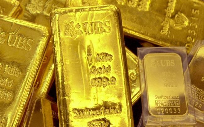Giá vàng không ngừng tăng khi nhà đầu tư mua mạnh