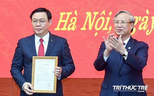 ẢNH: Toàn cảnh lễ nhận quyết định Bí thư Thành ủy Hà Nội của Phó Thủ tướng Vương Đình Huệ