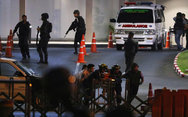 Hung thủ vụ thảm sát Thái Lan bị tiêu diệt trong trung tâm thương mại sau vụ xả súng làm ít nhất 21 người thiệt mạng
