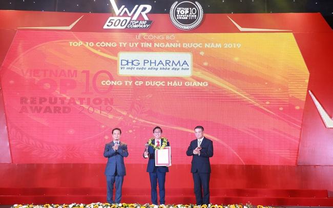 Dược Hậu Giang nhận loạt giải thưởng từ Vietnam Report và Forbes