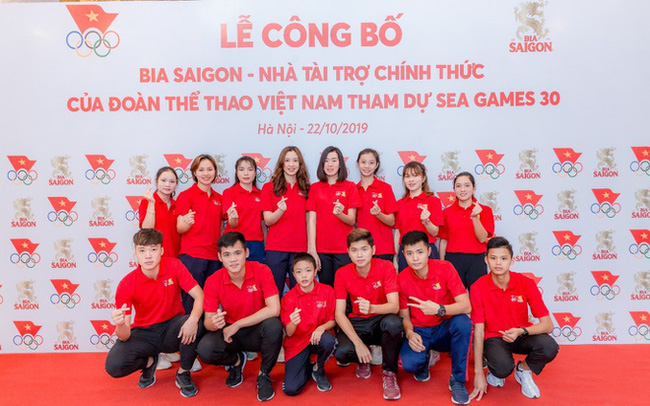 """Nhìn lại một năm """"đồng hành cùng người trẻ"""" đầy cảm xúc của Bia Saigon"""
