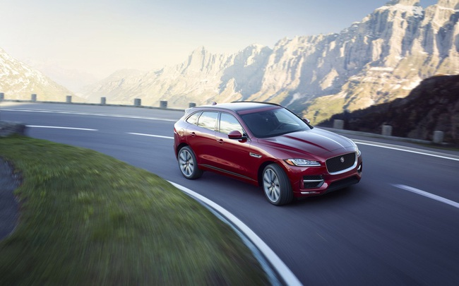 Jaguar F-Pace – Chiến mã của những người đam mê tốc độ và tính thẩm mỹ