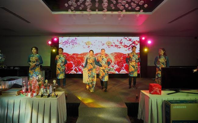 Tập đoàn du lịch chi thưởng tết với con số khủng - RIVN Year End Party