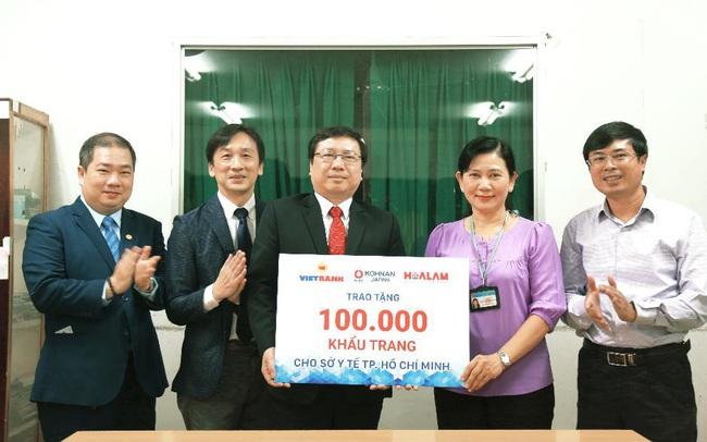 Vietbank, Hoa Lâm và Kohnan đến từ Nhật Bản tài trợ 100.000 khẩu trangcho Sở Y tế Tp. Hồ Chí Minh